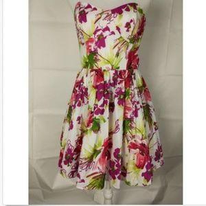Allen B. Dress Sz 10 White Floral Micro A Line